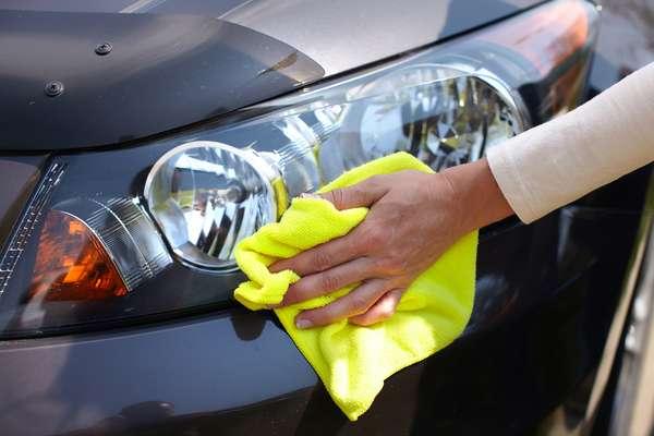 Como renovar o farol do seu carro